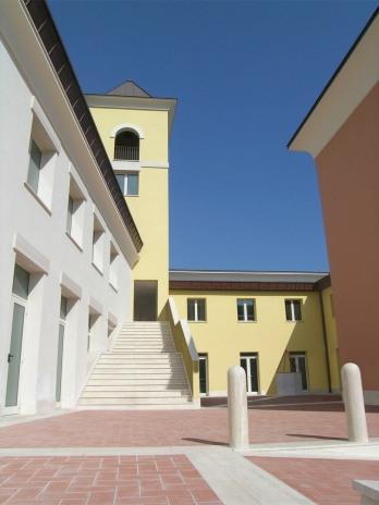 Centro comunitario religioso 7